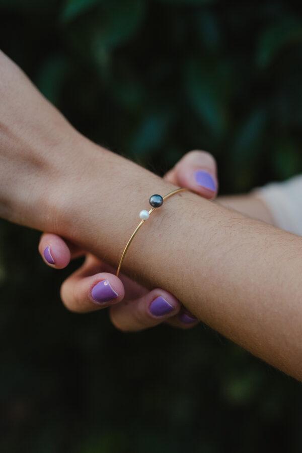 Μαργαριτάρι στο χέρι gold plated bracelet