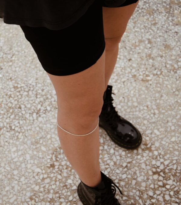 """Afi""  II gold plated knee cuff"